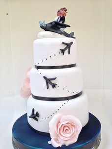 aircraft wedding cake novelty airplane wedding cake a of cake dublin 10633