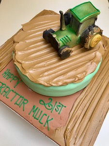 Perfect For Farmers Fans Of John Deere Or Children That Love Anything Farm Related We Have The Tractor Birthday Cake To Make Your Celebration Fun